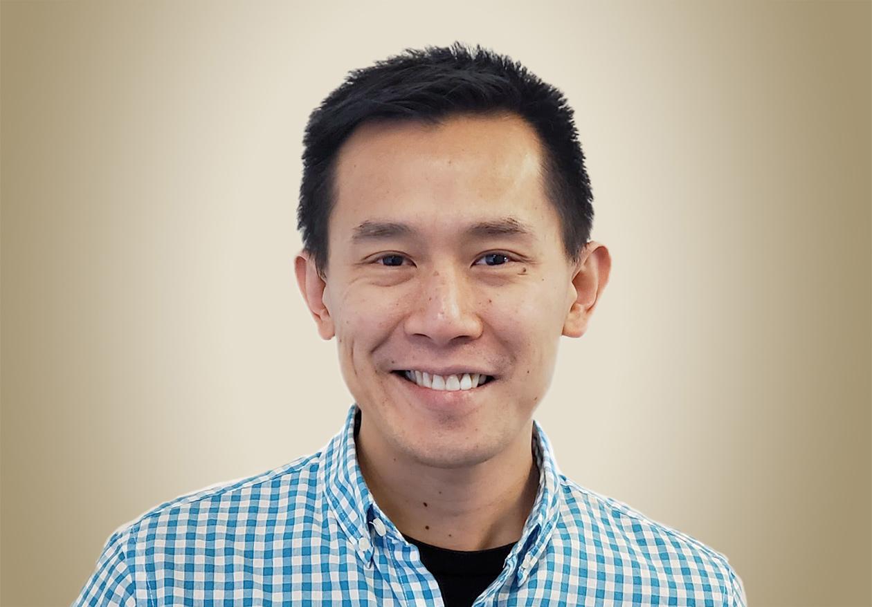 portrait of Alvin Chingcuanco